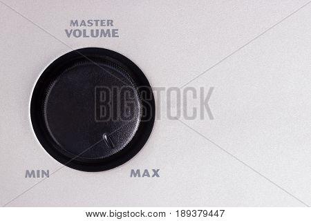 Volume Switcher Turn On Maximum