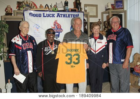 LOS ANGELES - JUN 1:  Kathy Bergen, Ernie Miller, Vivian Stancil, Pat Boone, Bob Messersmith at the Senior Games Press Conference at the Pat Boone Enterprises on June 1, 2017 in West Hollywood, CA