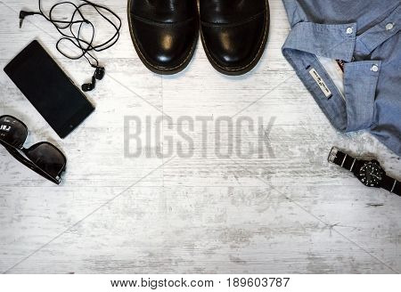 Men's Casual Outfits With Accessories