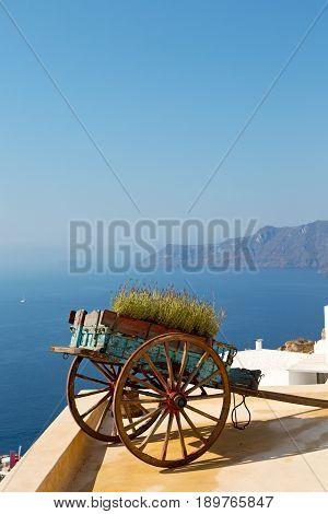 Handcart   Sea  In  The Sky