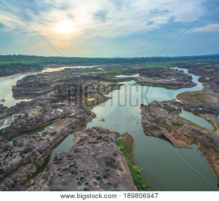 3000 Bok Unseen Beautiful Rock Of Mekong