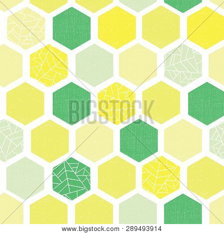 Hexagon Background Seamless Vector Pattern. Green Lime Yellow White Geometric Abstract Art With Grun