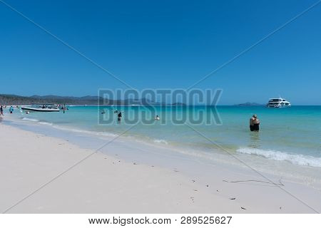 Hamilton Island, Australia - November 7, 2017: Tourists Enjoying Swimming And Snorkelling On Beautif