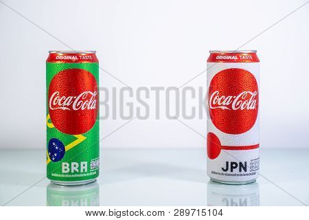 Bangkok, Thailand - 14 June 2018: Limited Edition Of Thailand Coca-cola (coke) Can With Famous Footb