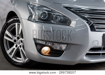 Novosibirsk, Russia - March 15, 2019:  Nissan Teana,close-up Of The Headlights. Photography Of A Mod