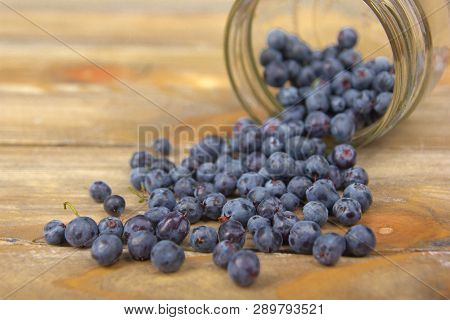 Blueberry On Wooden Table Background, Bowl Of Blueberries. .antioxidants, Detox Diet, Organic Fruits