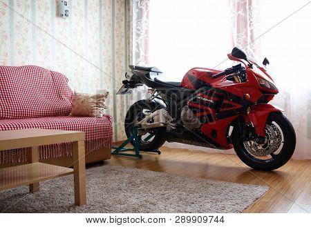 Krasnoyarsk, Russia - March 6, 2019: Red And Black Sportbike Honda Cbr 600 Rr 2005 Pc37 In House. Th