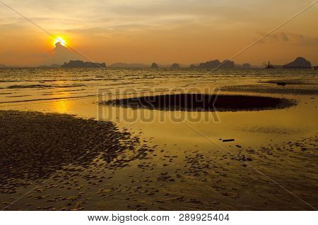 Background Image Of The Ocean In Summer Time. Beautiful Sunset Sky Over The Sea At Tropical Beach In