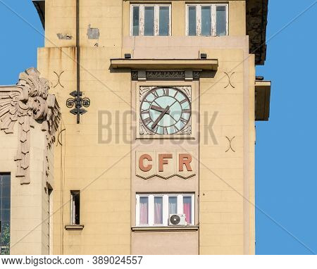 Bucharest/romania - 09.27.2020: Old Vintage Clock On The Building Of The Romanian Railway Society (c