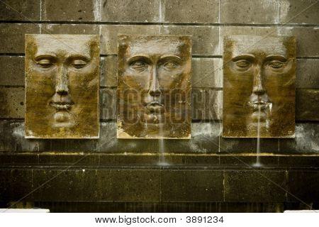 Face Fountain