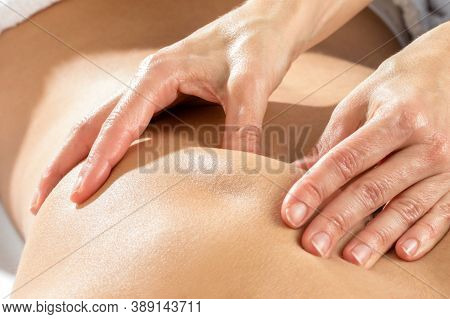 Massage Treatment - Neck And Whole Body Massage By Womans. Doing Massaging Using Oil. Neck And Whole