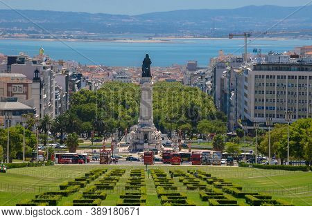 Lisbon, Portugal-20 August 2020. Eduardo Vii Park And Gardens In The Center Of Lisbon And Tagus Rive