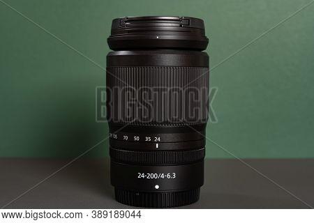 Zhongshan Guangdong China-october 6 2020:nikon Camera Lens Of Z Mount Nikkor Z 24-200mm F4-6.3 Vr Ho