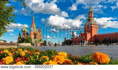 Moscow - July 23, 2020: Beautiful View Of St Basil`s Cathedral And Kremlin On Red Square In Moscow,