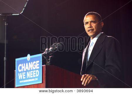 Presidental Candidate Barack Obama At Virginia Beach