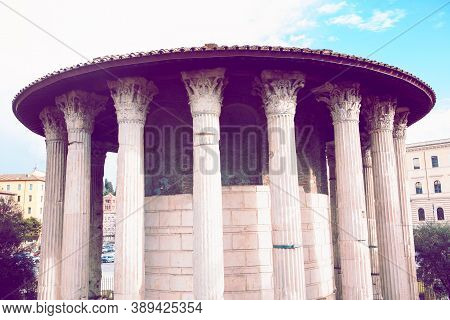 Temple Of Hercules Victor In Rome  . Photo Of Ancient Rome Architecture