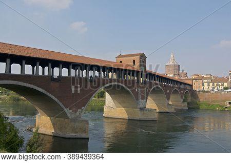 Pavia, Lombardy, Italy - 26th September 2019 : View Of The Ponte Coperto (or Ponte Vecchio) Bridge W