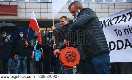 Warsaw, Poland 13.10.2020 - Protest Of The Farmers Protester Using Hand Siren Cranked Alarm. High Qu