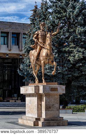Targoviste,  Romania - September 30, 2020: The Statue Of The Romanian Voivode Michael The Brave ( Mi