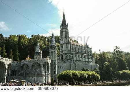 Lourdes, France - August 22, 2006: Notre Dame Du Rosaire Basilica, Or Our Lady Of The Rosary, The Ma