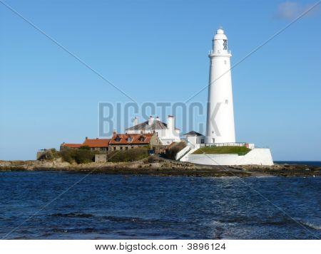 St.Mary\'S Lighouse & Island