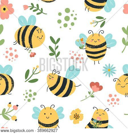 Bees Seamless Pattern. Cute Hand Drawn Honey Bees, Flying Yellow Insects, Flowers And Honeybee Doodl