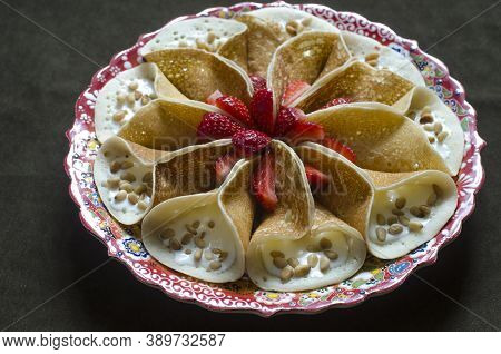 Arabian Pancakes With Cream Cheese And Strawberries