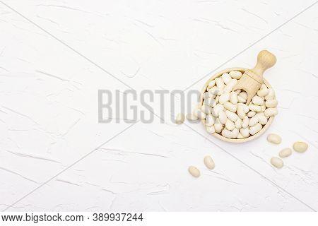 Dry Lima Bean Or Kidney Bean In Glass Jar