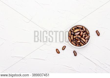 Dry Brown Bean Or Kidney Bean In Glass Jar