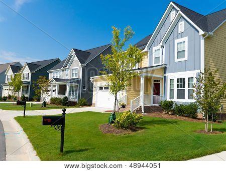 Rua de casas residenciais