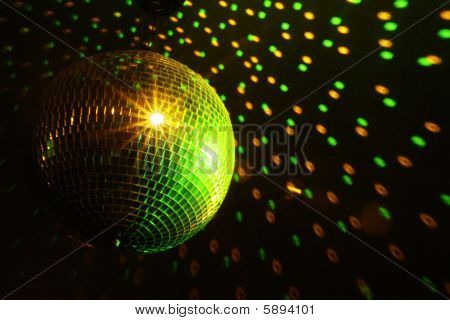 Disco Ball Green - Yellow
