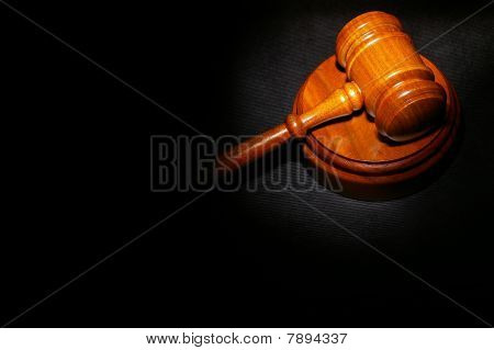 Gavel Black