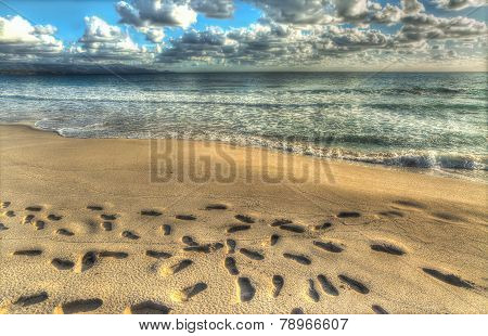 Hdr Footprints In The Sand