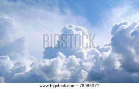 Clowdy Blue Sky