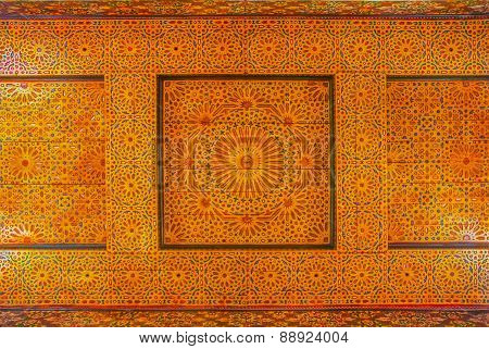 Traditional Moroccan Carbed Ceiling