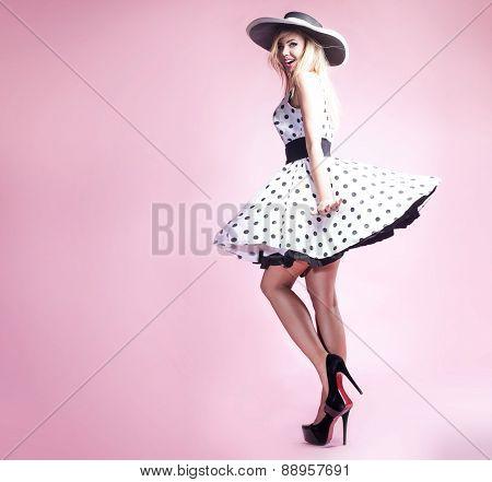Beautiful Blonde Pinup Girl.