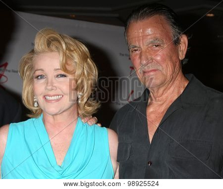 LOS ANGELES - AUG 15:  Melody Thomas Scott, Eric Braeden at the