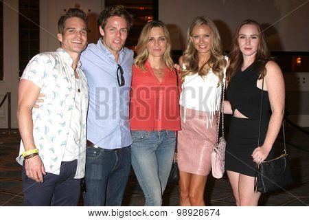 LOS ANGELES - AUG 15:  Greg Rikaart, L Buchanan, Kelly Sullivan, M Ordway, Camryn Grimes at the