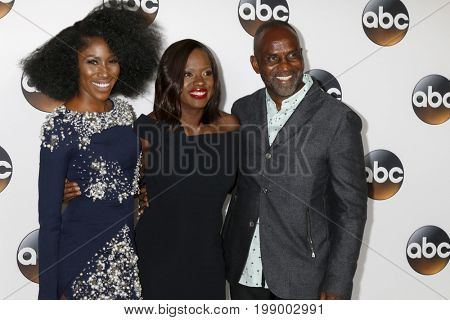 LOS ANGELES - AUG 6:  Diarra Kilpatrick, Viola Davis, Julius Tennon at the ABC TCA Summer 2017 Party at the Beverly Hilton Hotel on August 6, 2017 in Beverly Hills, CA