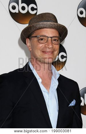 LOS ANGELES - AUG 6:  Joshua Malina at the ABC TCA Summer 2017 Party at the Beverly Hilton Hotel on August 6, 2017 in Beverly Hills, CA