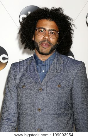 LOS ANGELES - AUG 6:  Daveed Diggs at the ABC TCA Summer 2017 Party at the Beverly Hilton Hotel on August 6, 2017 in Beverly Hills, CA