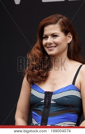 LOS ANGELES - AUG 2:  Debra Messing at the