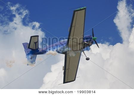 aerobatic aircraft