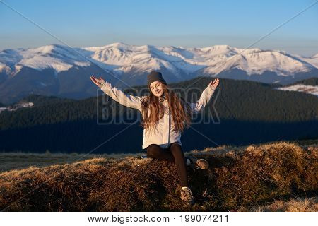 Full Length Shot Of A Happy Young Woman Enjoying Morning Sun In The Mountains Hiking Hiker Sportswom