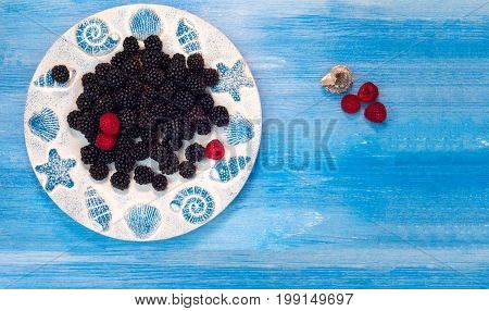 berries - raspberries, blackberry, blueberries, small fruity, background