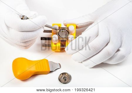 Cleaning Battery Place In Quartz Wristwatch