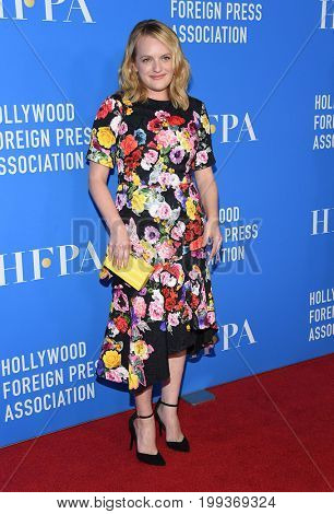 LOS ANGELES - AUG 02:  Elisabeth Moss arrives for the HFPA's Grants Banquet on August 2, 2017 in Beverly Hills, CA