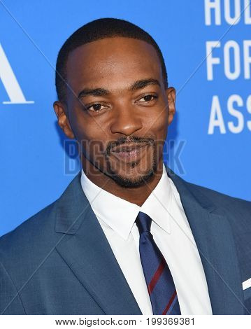LOS ANGELES - AUG 02:  Anthony Mackie arrives for the HFPA's Grants Banquet on August 2, 2017 in Beverly Hills, CA