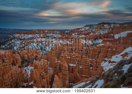 Vast Hoodoos In Bryce Canyon