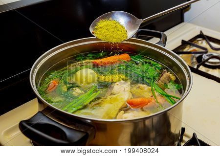 I Make Chicken Broth In A Pot,